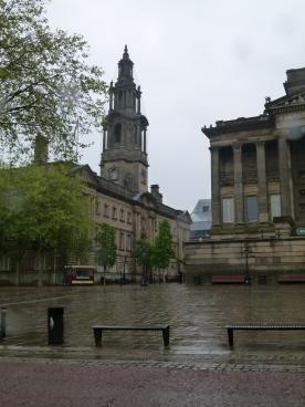 A rainy flag market